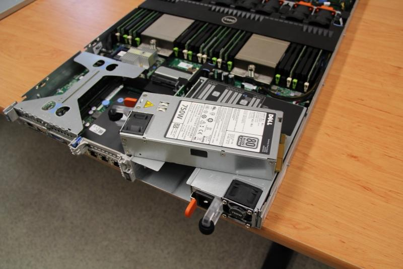Dell PowerEdge R620 - zdroje